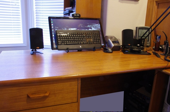 FocalPoint stands also store many keyboards out of the way when not in use