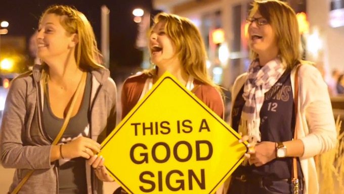 Good Signs just make people Happier!!!