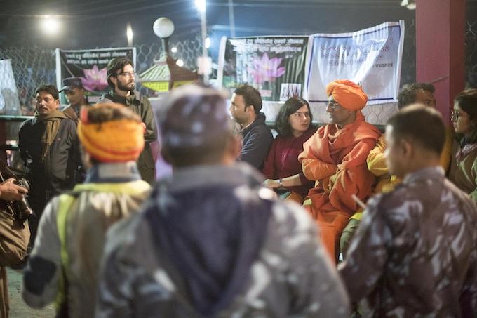 Swami Agnivesh, Gauri Maulekhi, Jayasimha Geethaprabhu Nuggehalli and Manoj in Protest at Gadhimai.