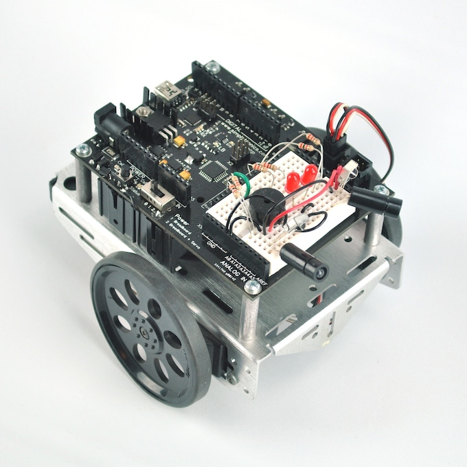 Open source robotics microelectronics educational board by