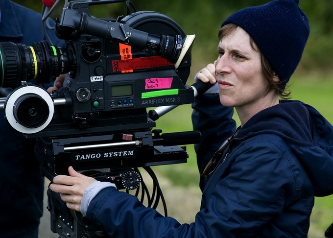 Kelly Reichardt filming WENDY AND LUCY