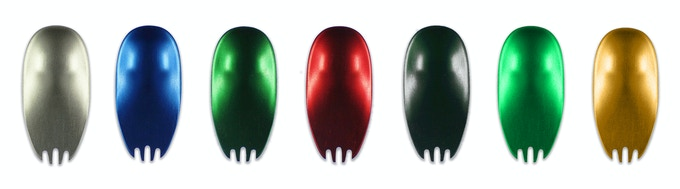 Finish options for aluminum Kumas are shown from left to right: metallic silver, deep blue, forest green, raspberry red, bedrock black, Kickstarter green, nugget gold