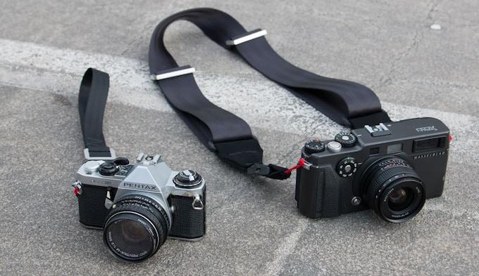Shoot neck/ sling camera strap + Shoot Mini wrist strap
