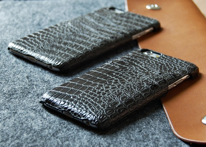 iPhone 6 and iPhone 6 Plus slim wallet case black color