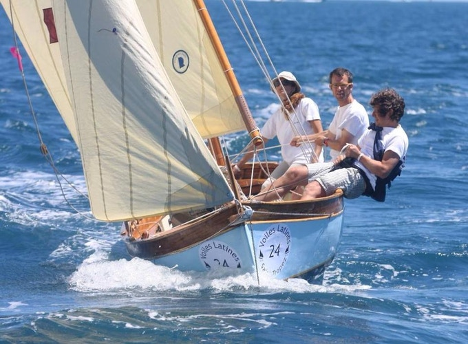 """Come spend some time with the SIRENE crew on the 1959 wooden boat """"Nessuno"""" in Italy or during Saint Tropez regattas!"""
