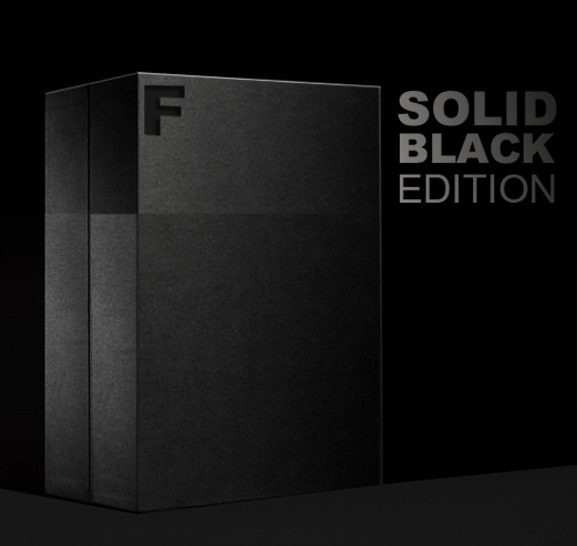 Simply perfect: SOLID BLACK Edition