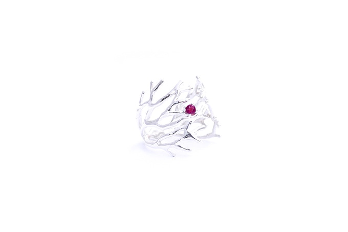 Dendrite Ring with Ruby