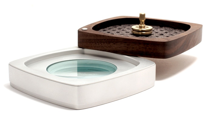 Swing away the tray to reveal your hidden spin plate (included)