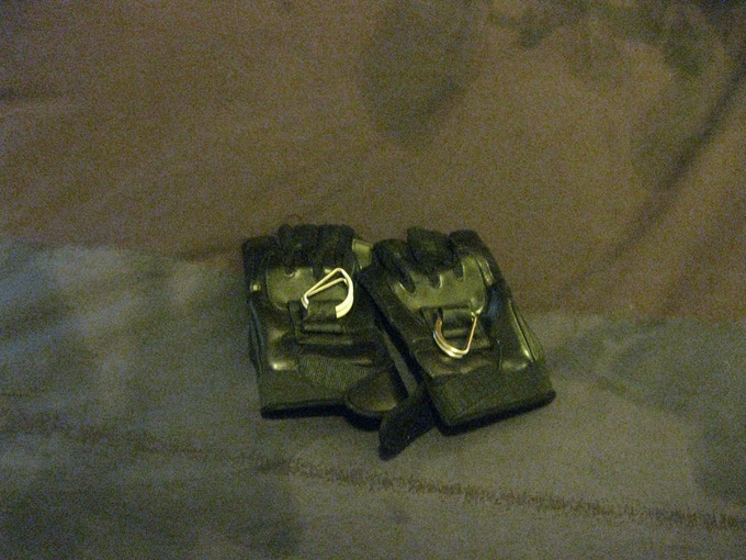 Arazi Gloves Prototype