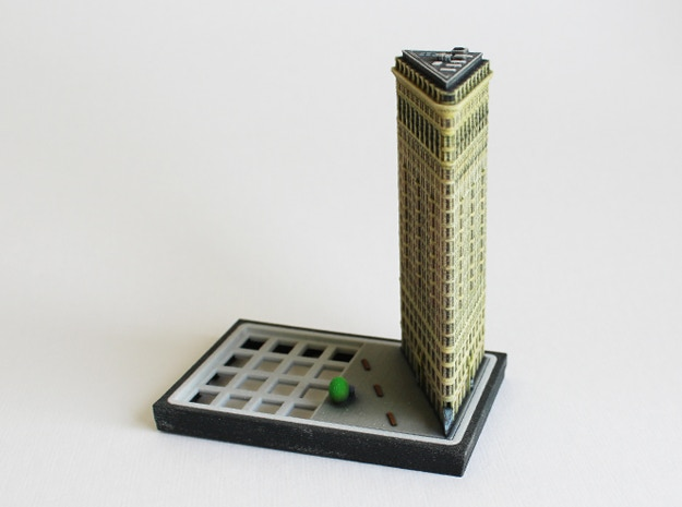 The Flatiron Building model in a baseplate