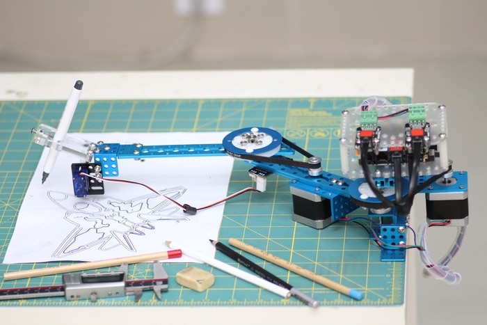 5d0b37eef801a7397b92ff6ee870f06a original - mDrawBot, un robot artista compatible con #Arduino