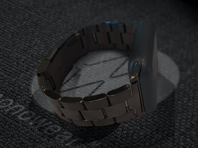Black metal watch band available too!