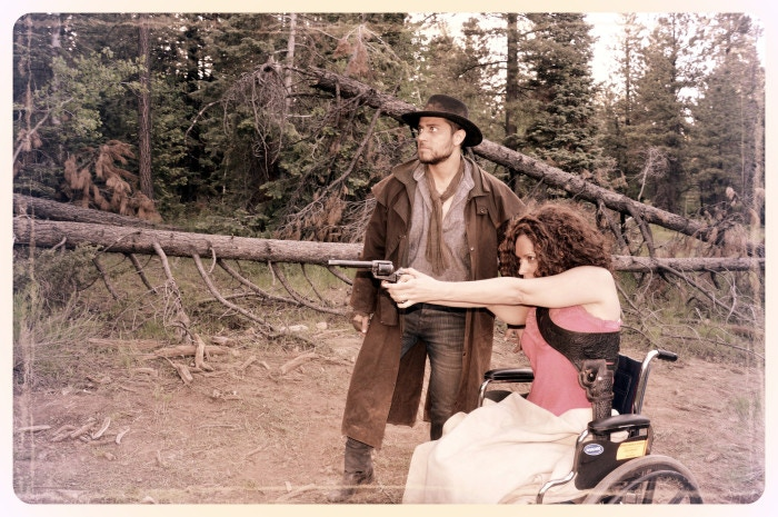 See how Roland of Gilead interacts with his new Gunslinger student, wheel-chair-ridden Susannah Dean.