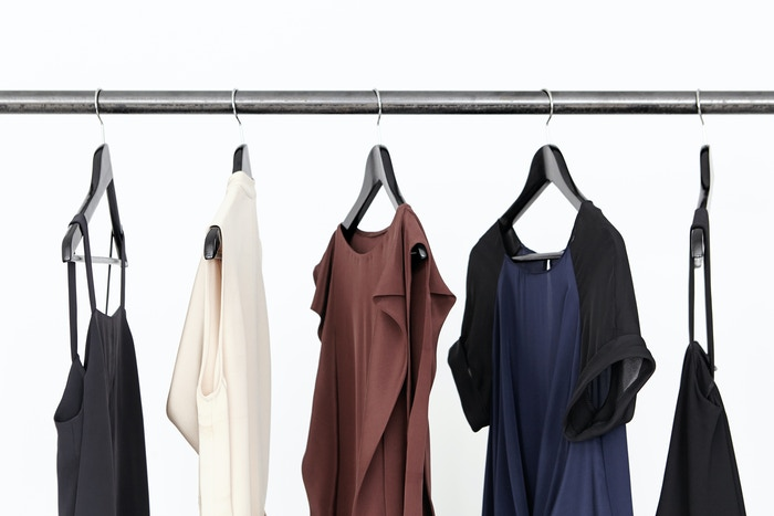 Redefining womenswear with high-quality dresses: crowd-sourced and delivered directly to you at their true cost.