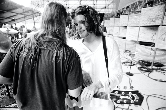 Option D. Shannon Hoon 11x14 signed select. Copyright Danny Clinch.