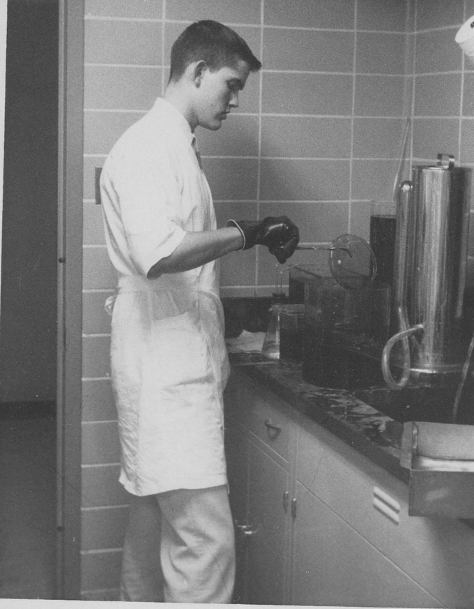 Guy working in the lab at MD Anderson Hospital in Houston 1960
