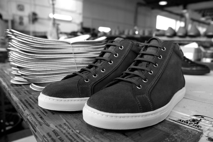 Tudor mid hanging out in the factory