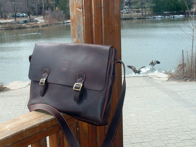 "Veg. tanned leather 16"" Laptop and Filer Carrier 42 by 31 cm - by Ben Katz"