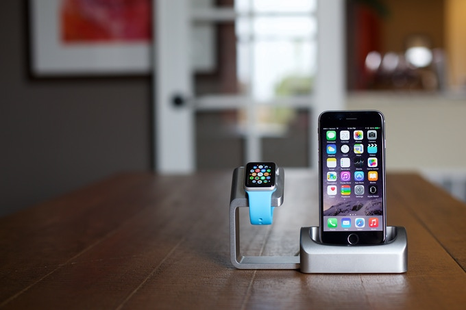 duet charging simplified iphone and apple watch dock by matthew and mark mclachlan. Black Bedroom Furniture Sets. Home Design Ideas
