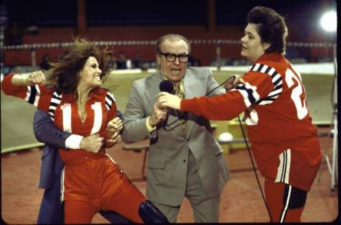 Raquel Welch and Dick Lane at the Olympic.
