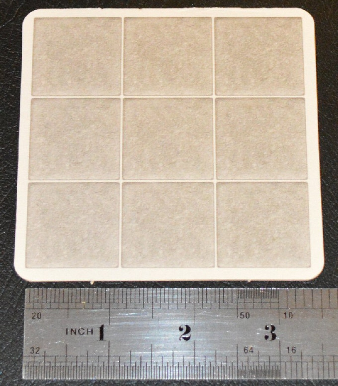 3x3 Miniature Scale Grid