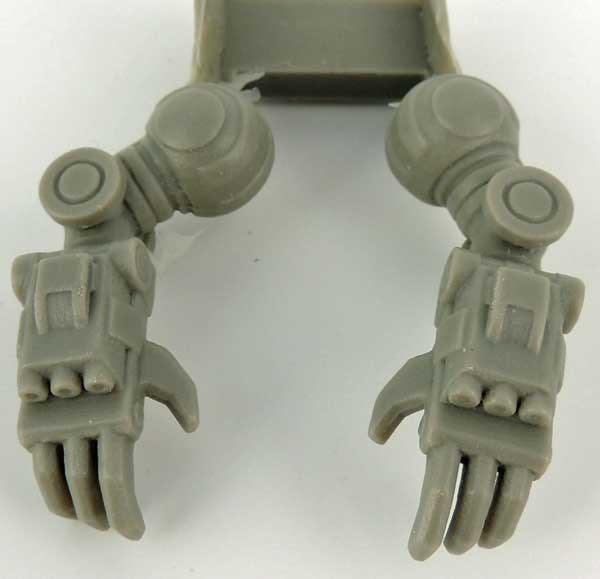 Ayame Predator Combat Claw Arms