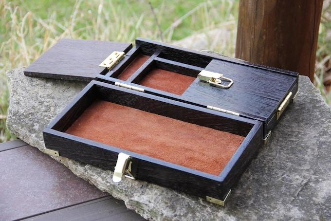 Premium Wenge wood, suede interior.