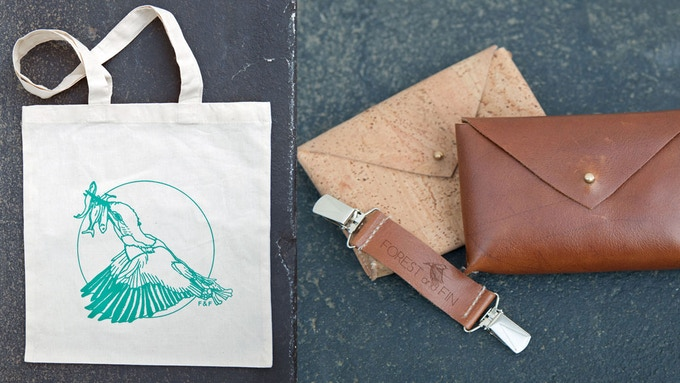Forest and Fin Lucky Kingfisher Tote | Leather Skirt Secure pictured with cork and leather hip pouch options.
