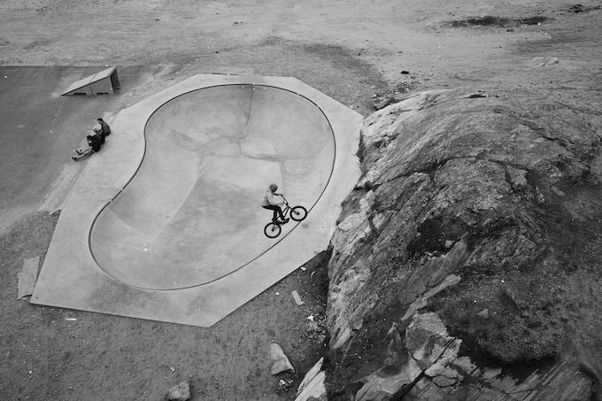 Skateboarding bowl, Sisimiut, 2014, Lasse Bak Mejlvang