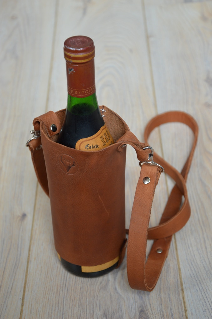 leather and wine karu handcrafted leather accessories by daniela kickstarter