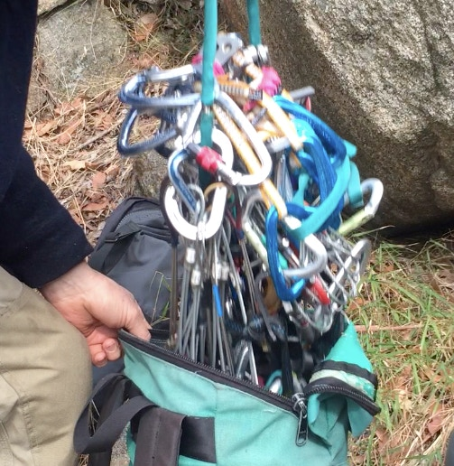 The big tangle — the old way to store and carry a rack