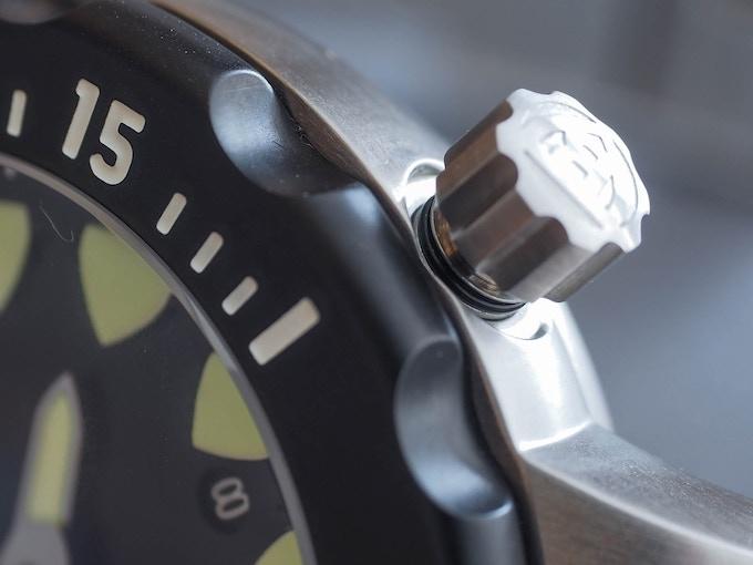 Benarus Megalodon, 1 of 3 crown gaskets (sample watch)