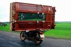 http://photos.imageevent.com/motorbiker/newspics4/Motorcycle-Carrying-Cargo-51.jpg