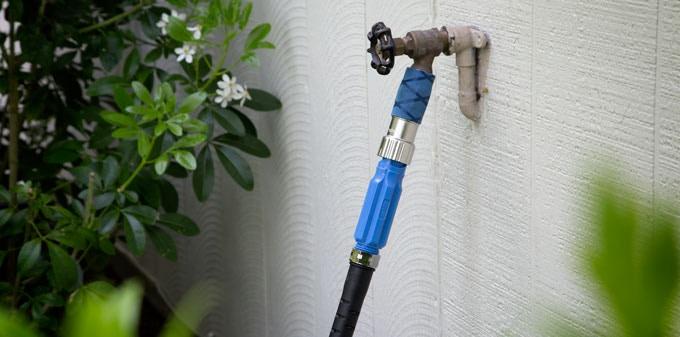 Aquor: The Ultimate Outdoor Faucet & Garden Hose Connector