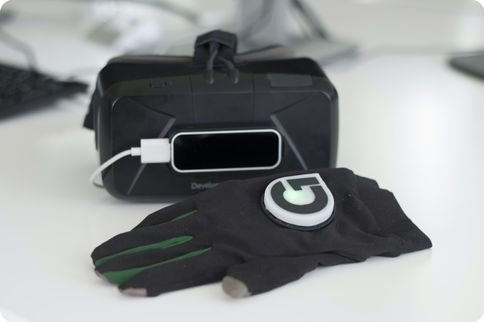 Gloveone, Leap Motion & VR headsets make a perfect team!