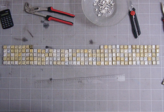 This project is about producing an extra large printed wall calender made of the number of used keyboard keys that enumerate the year (2011-201x)