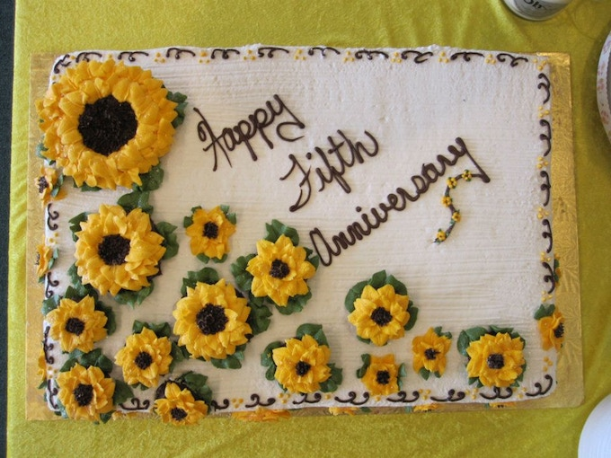 5th Anniversary Sunflower Cake (it was delicious)