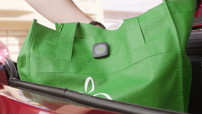 Use MetaWear to log temperature and road conditions during fresh grocery deliveries!