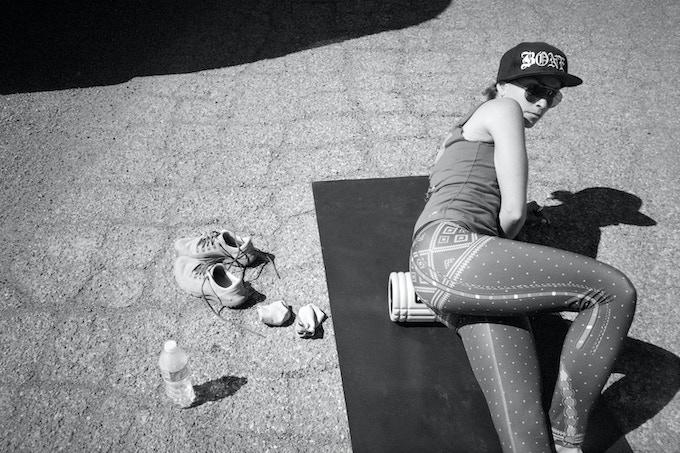 Robin stretching on Day 2 of the Utah marathons ©Tara Darby