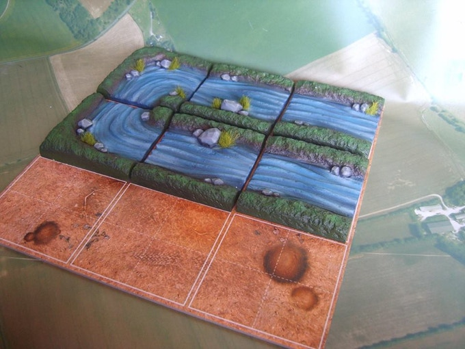 River tiles contains 4 straights and 2 corner tiles (supplied unpainted)