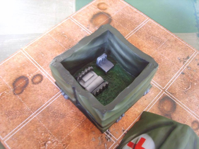 Removable top with interior detail (supplied unpainted