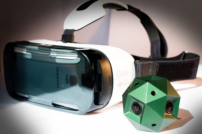 Sphericam 2 has been designed to deliver the specific resolution and frame rate of today's VR Headsets such as Oculus Rift and Gear VR: 4096x2048 pixels at 60 frames per second.