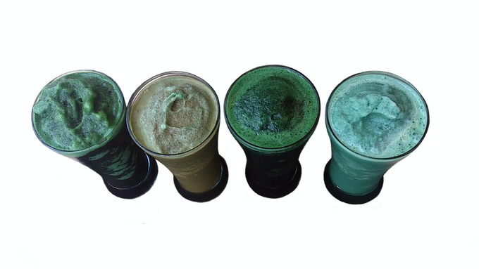 Healthy Spirulina smoothies made with fresh-frozen spirulina