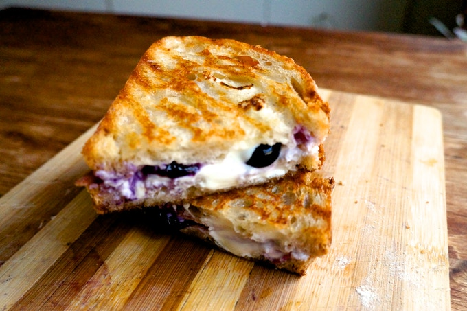 Balsamic blueberry cream cheese - Can i eat port salut cheese when pregnant ...