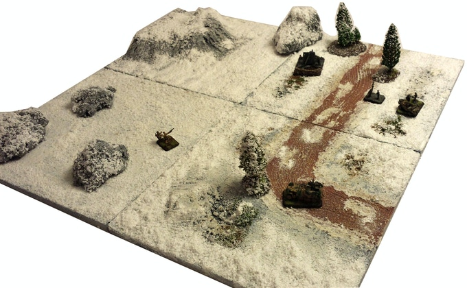 German 88mm at the Eastern Front - Winter tiles with Dirt road and 15mm FoW minis