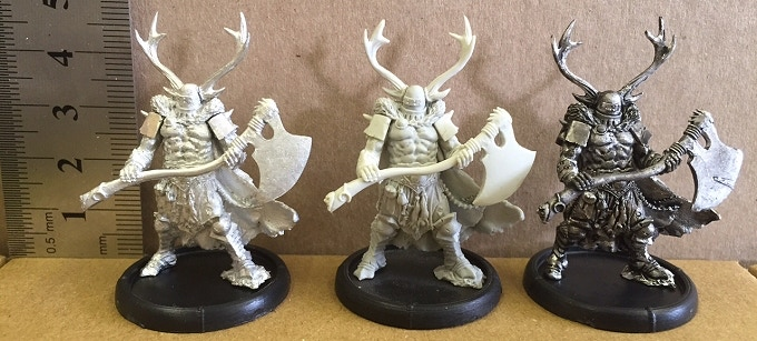 An example of a metal Ax-Drune, resin Ax-Drune and undercoated metal Ax-Drune