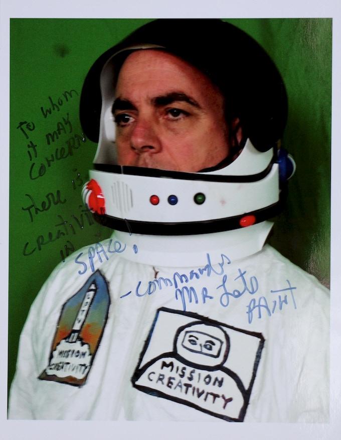 signed autograph of Commander Mr let's Paint