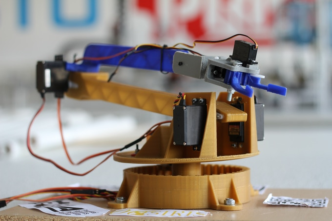 3D Printed Robot Arm