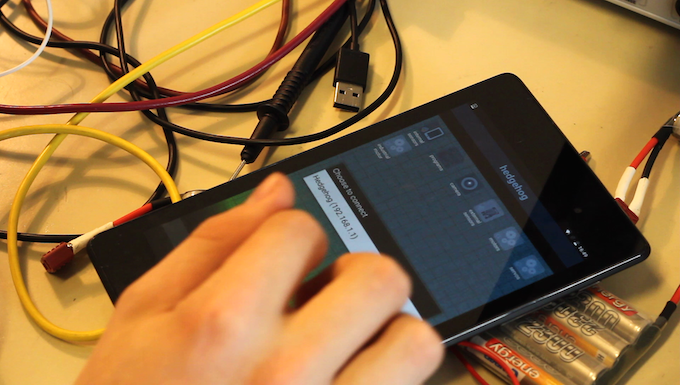 Use your mobile device to program and control self-built robots