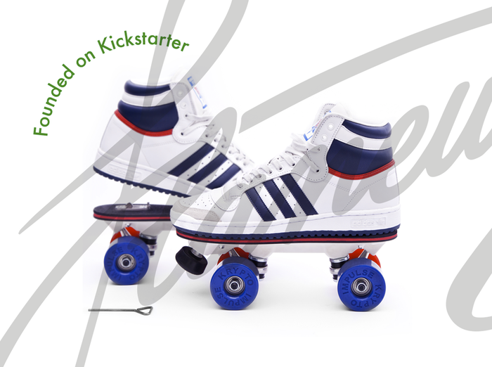 On Wheelz by Flaneurz: be the first to turn your favorite shoes into rollerskates in one clip. Experience the city differently !